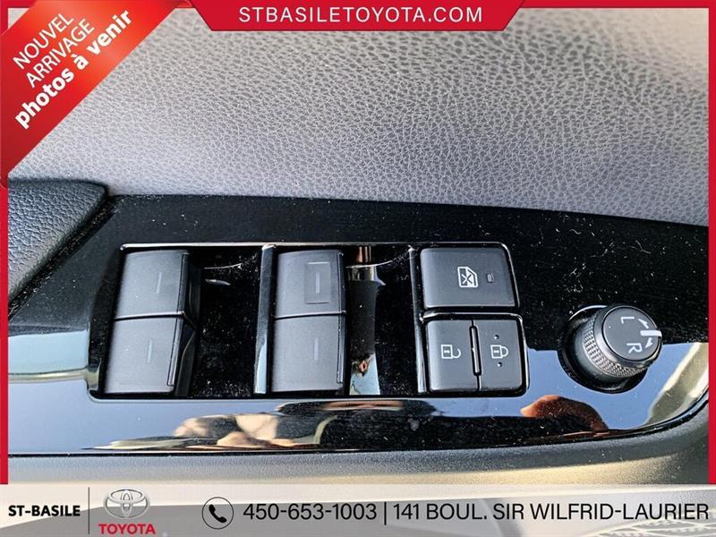 toyota Prius Prime 2020 - 14