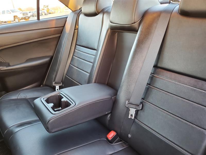 toyota Camry Hybrid 2017 - 38