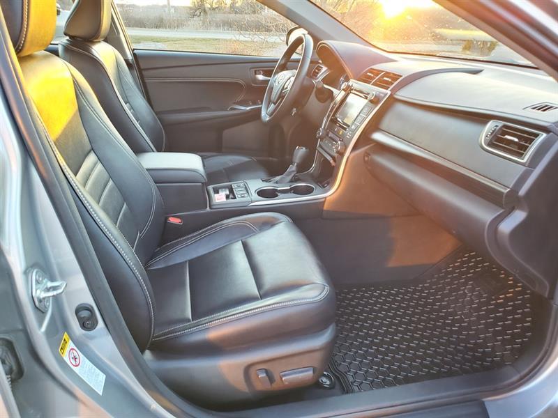 toyota Camry Hybrid 2017 - 43