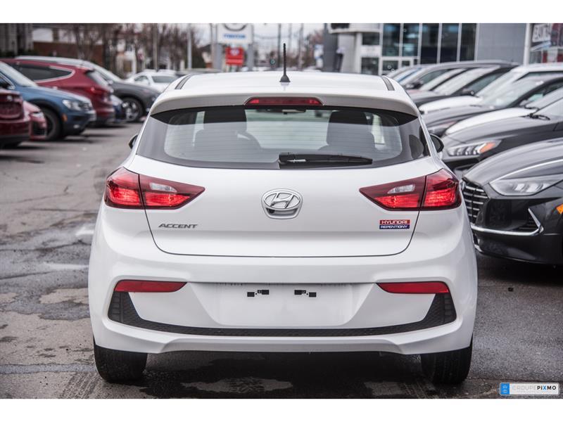 Hyundai Accent 8