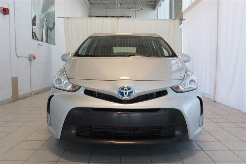 toyota Prius v 2016 - 5
