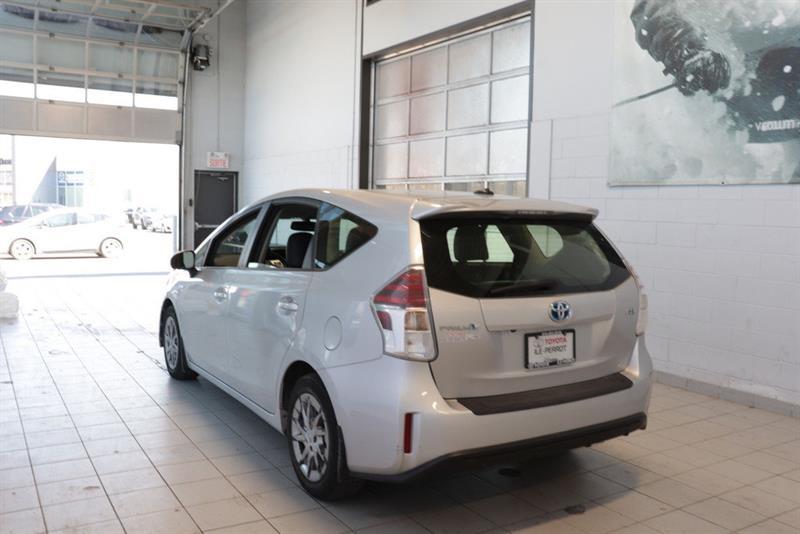 toyota Prius v 2016 - 20