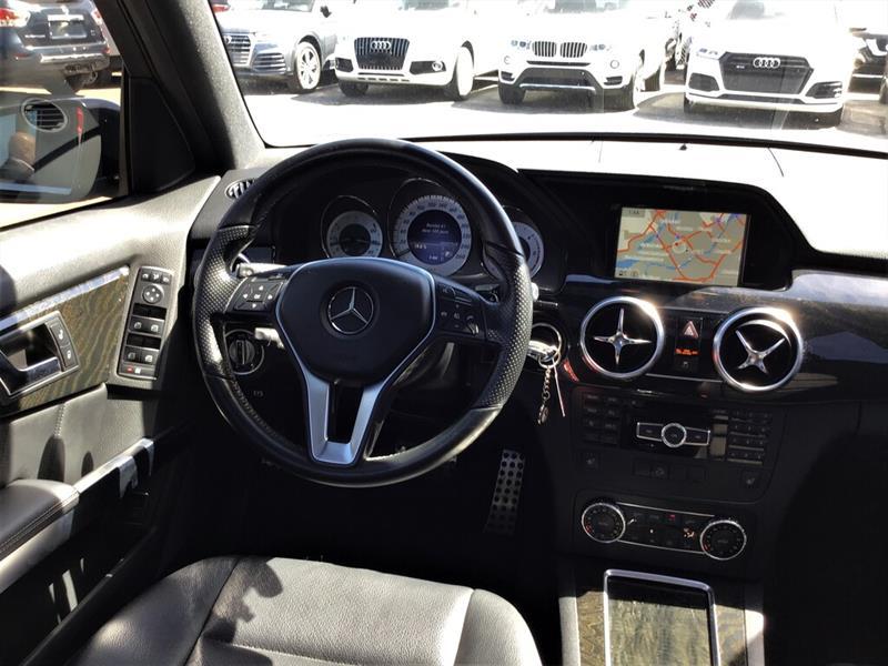 Mercedes-Benz GLK-Class 10