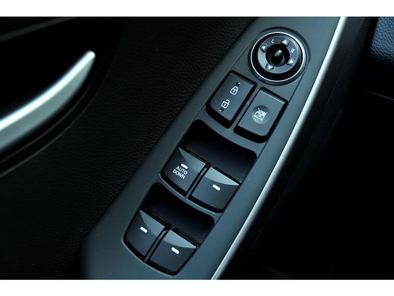 Hyundai Elantra GT 18