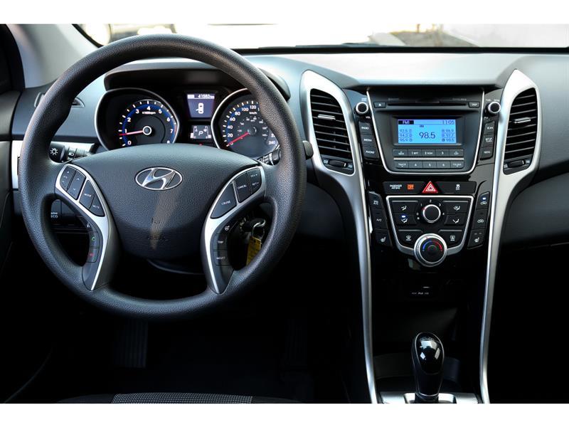 Hyundai Elantra GT 25