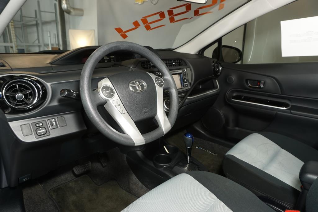 toyota Prius 2016 - 5