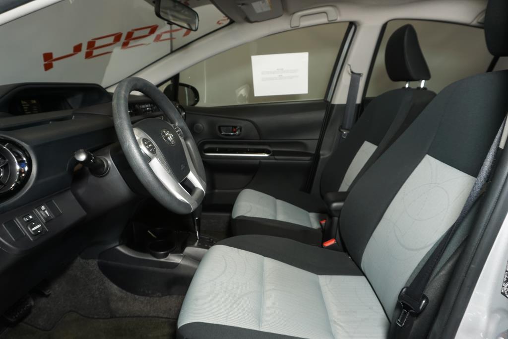 toyota Prius 2016 - 6