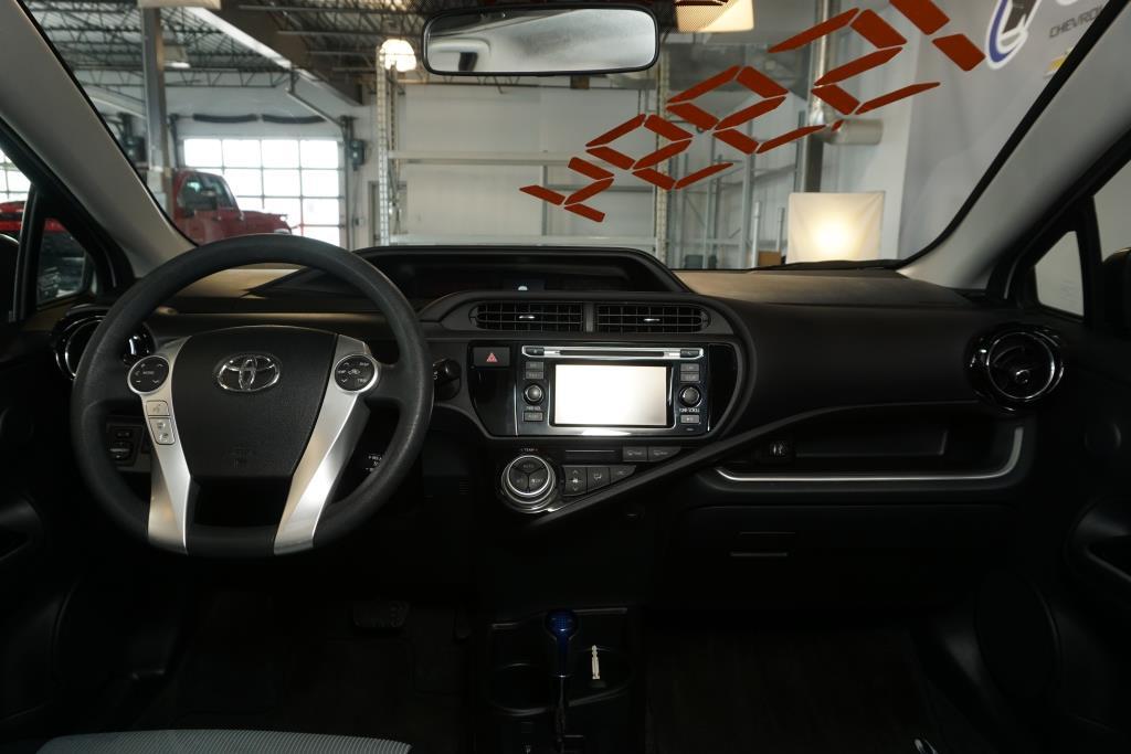 toyota Prius 2016 - 8