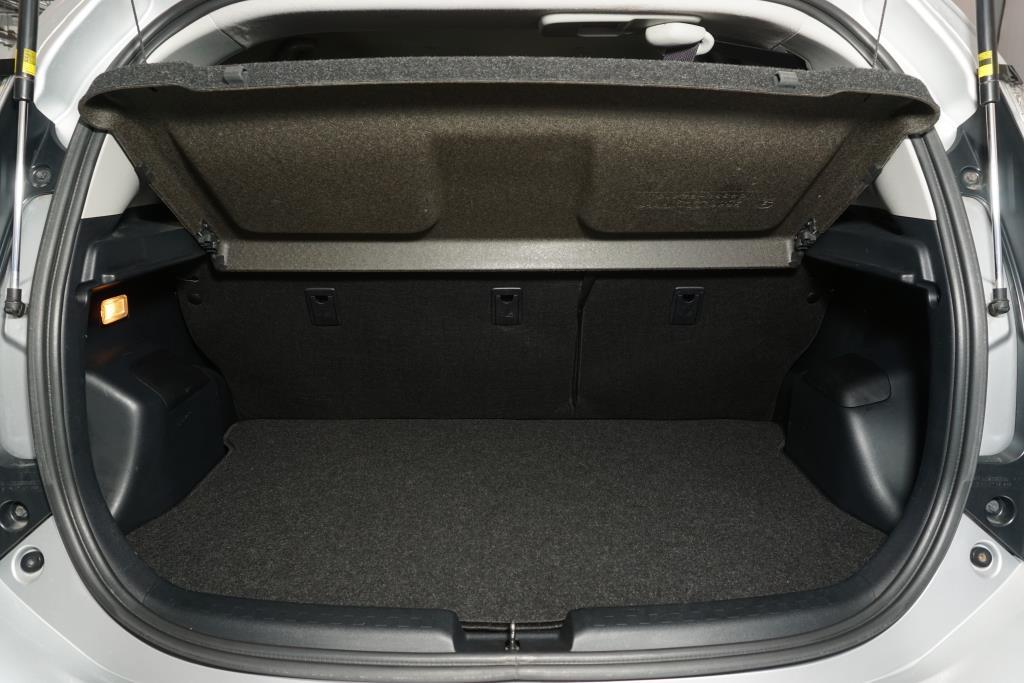 toyota Prius 2016 - 9