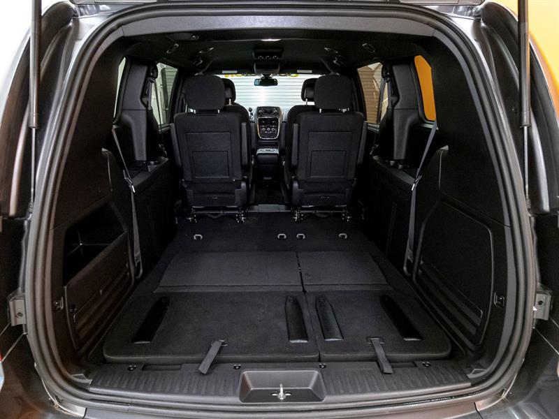 Dodge Caravan 29