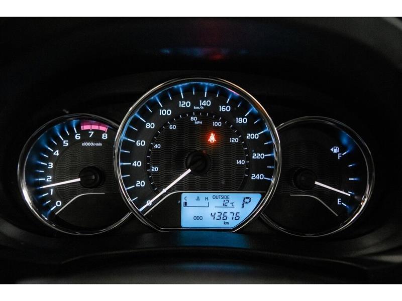 Toyota Corolla 23