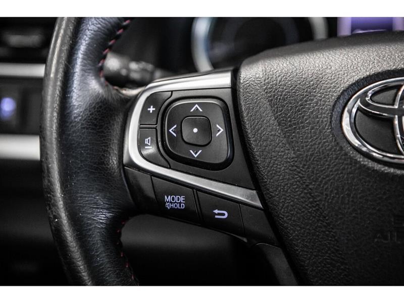 toyota Camry Hybrid 2017 - 24