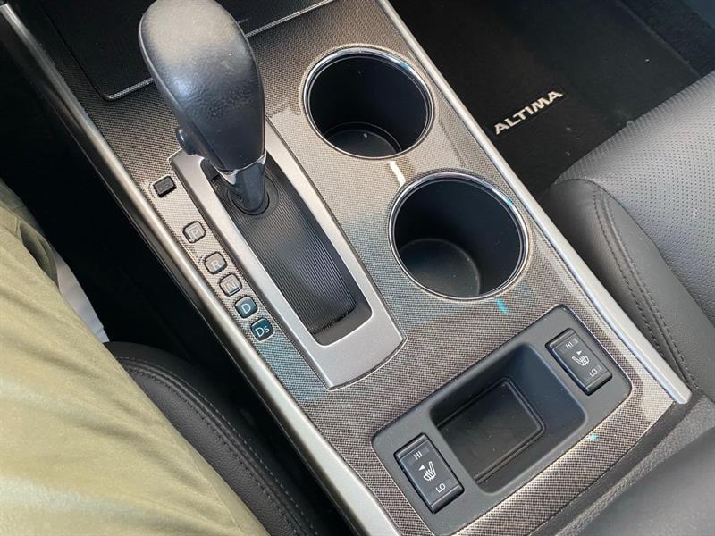 Nissan Altima 30