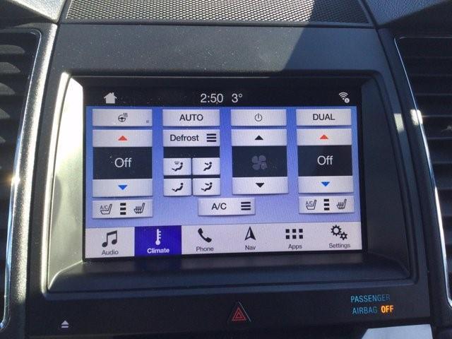 Ford Taurus 8