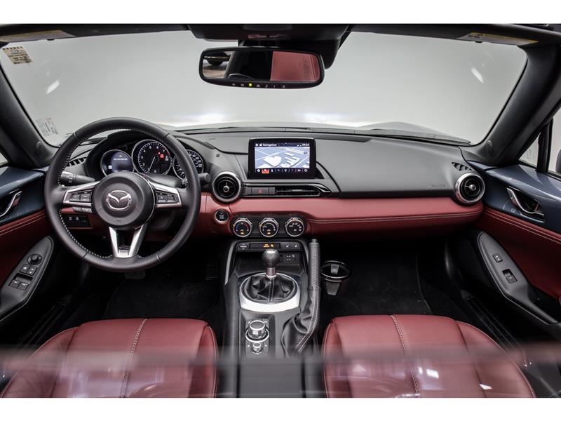 Mazda MX-5 17