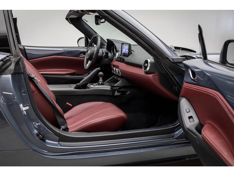 Mazda MX-5 36