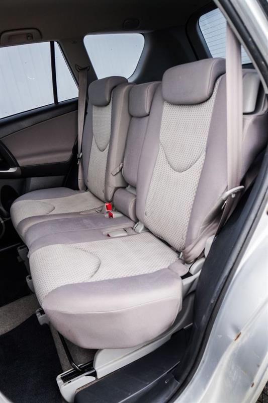 Toyota RAV4 41