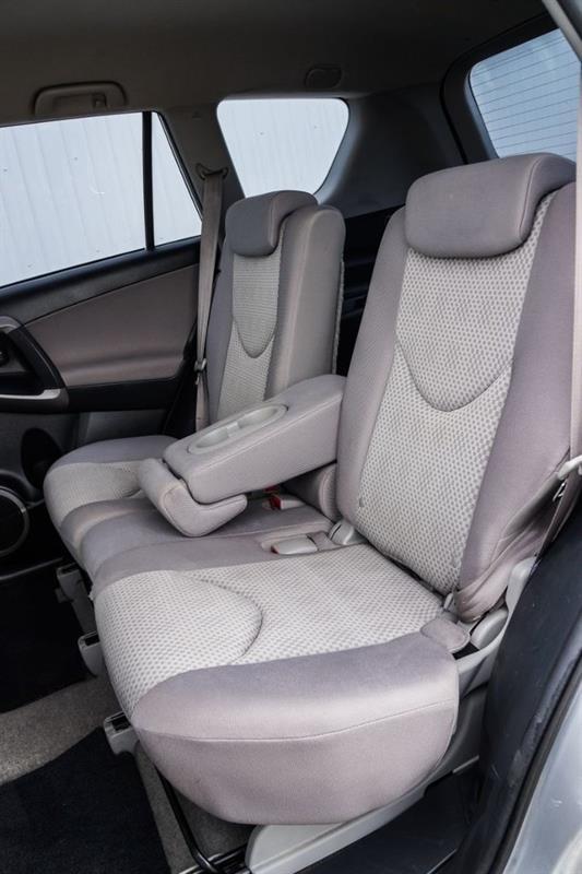 Toyota RAV4 42