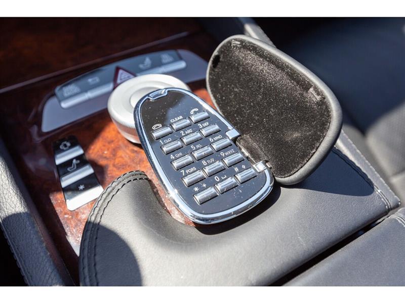 Mercedes-Benz CL-Class 30