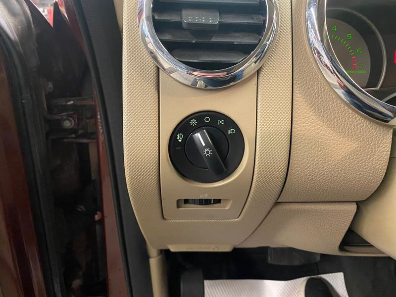 Ford Explorer Sport Trac 16