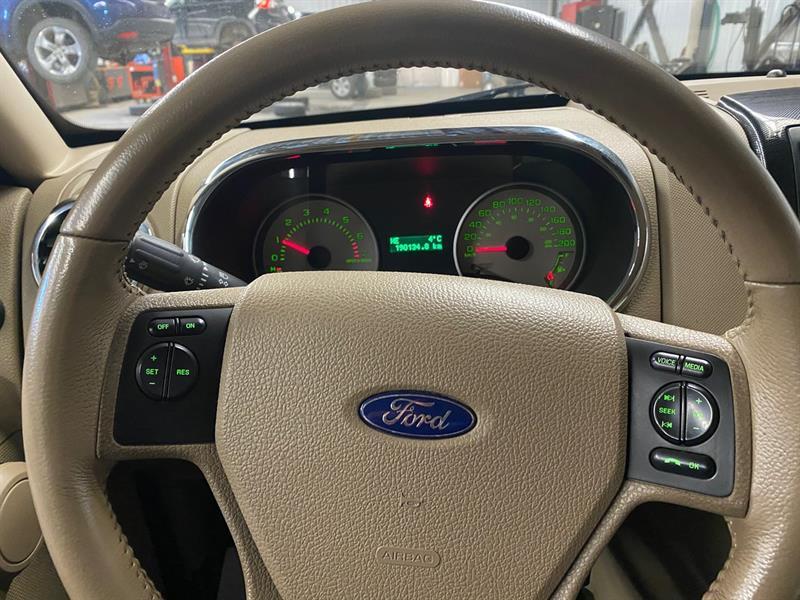 Ford Explorer Sport Trac 17