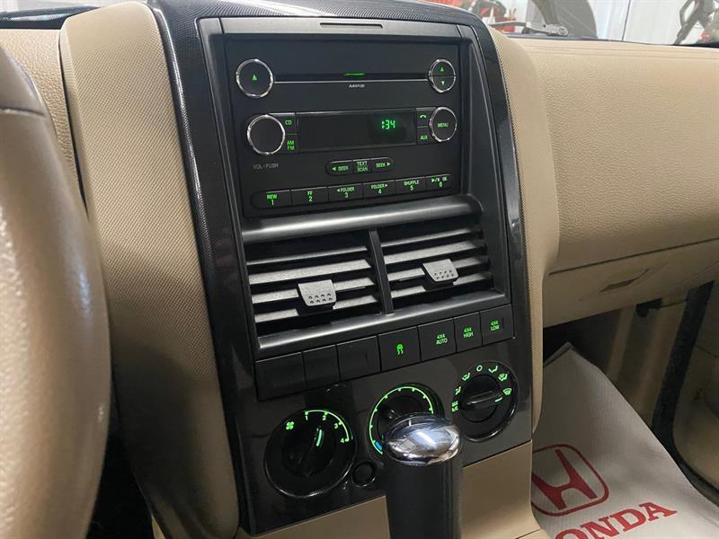 Ford Explorer Sport Trac 22