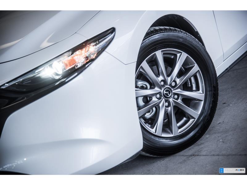 Mazda 3 Sport 3
