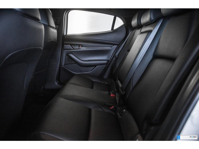 Mazda 3 Sport 28