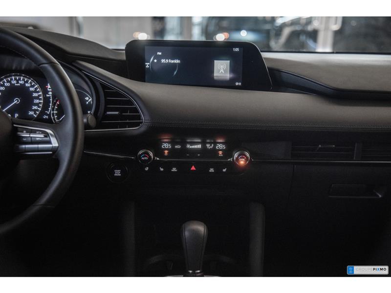 Mazda 3 Sport 31