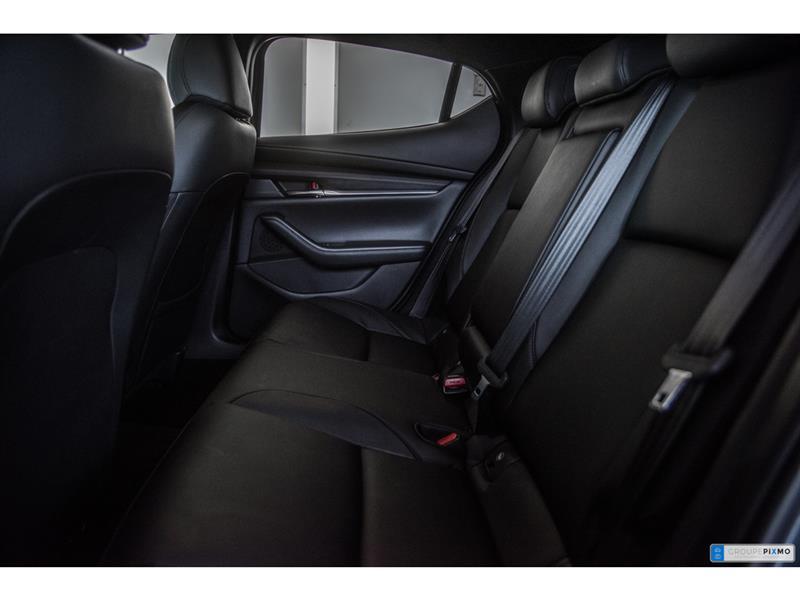Mazda 3 Sport 27