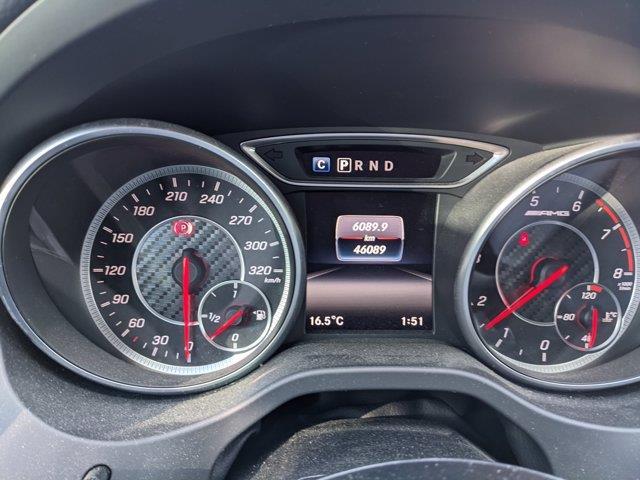 Mercedes-Benz GLA-Class 5