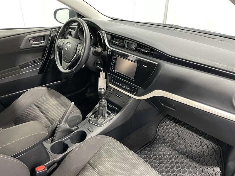 toyota Corolla iM 2017 - 11