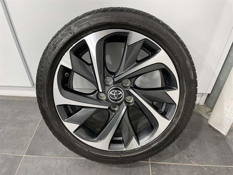 toyota Corolla iM 2017 - 25