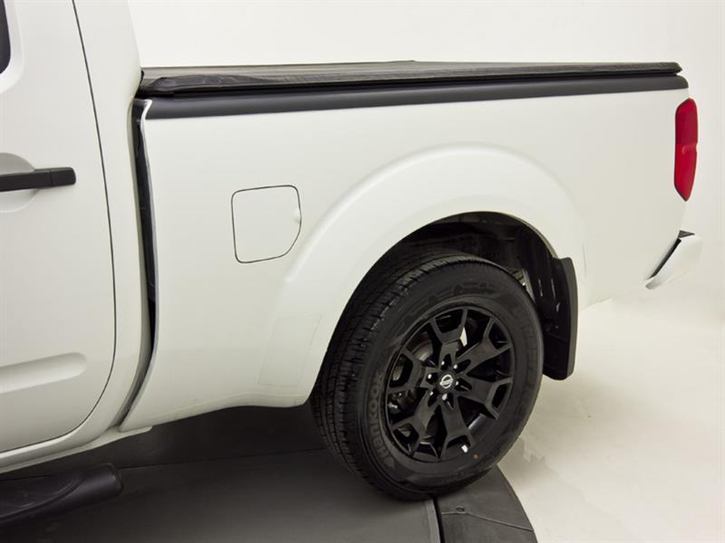 Nissan Camionnette 12