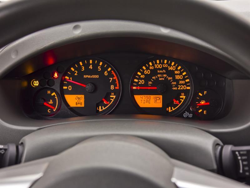 Nissan Camionnette 20