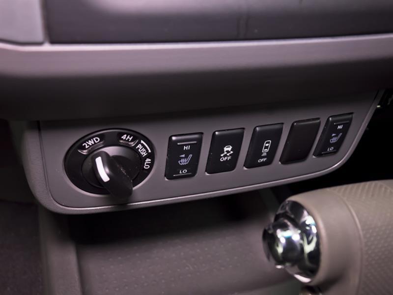 Nissan Camionnette 26