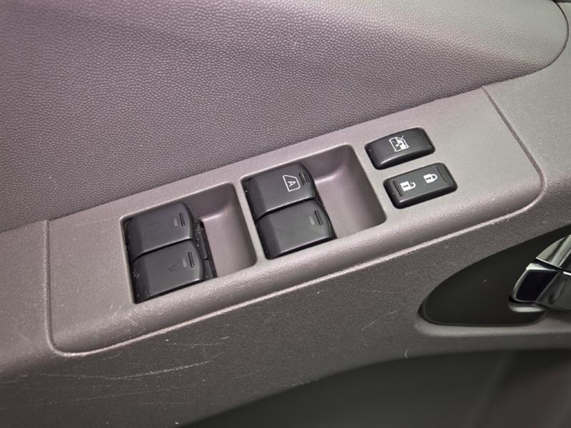 Nissan Camionnette 27