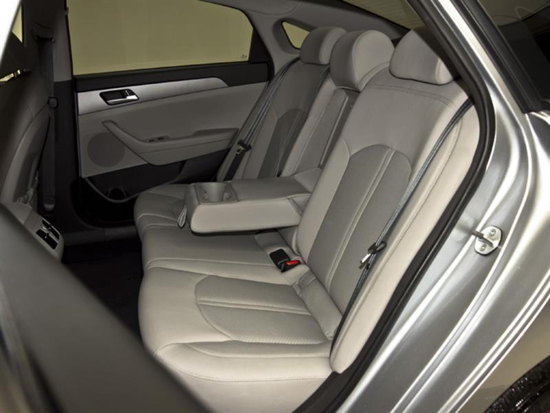 Hyundai Sonata 30
