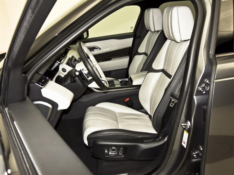 Land Rover Velar 29
