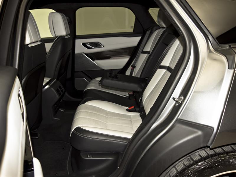 Land Rover Velar 30