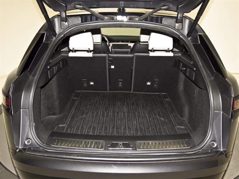 Land Rover Velar 31