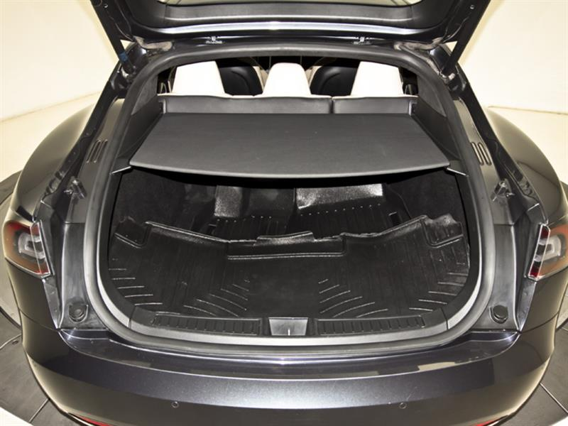Tesla Model S 31
