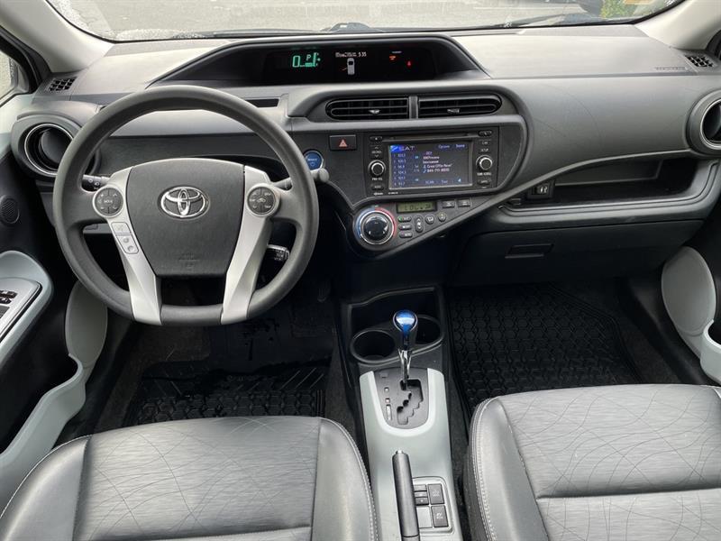 toyota Prius c 2012 - 13