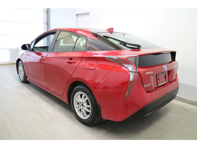toyota Prius 2017 - 6