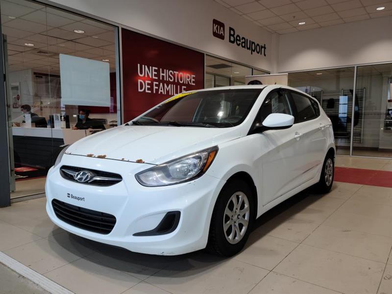 Hyundai Accent 2014 Voiture à hayon, 5 portes, boî