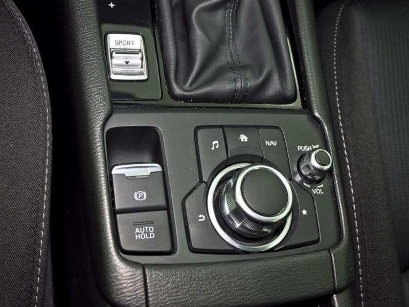 Mazda CX-3 24