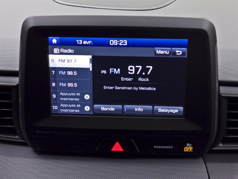Hyundai Veloster 21