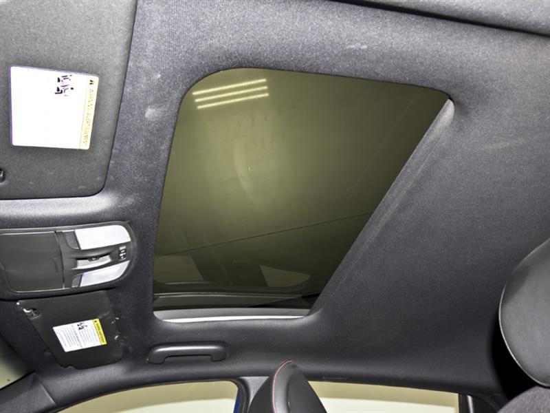 Hyundai Veloster 28
