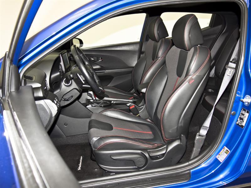 Hyundai Veloster 30