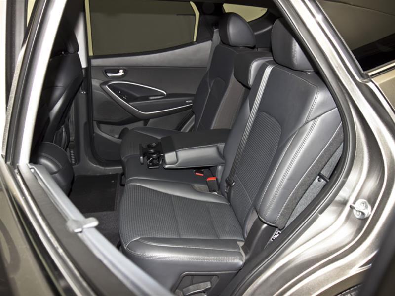 Hyundai Santa Fe 31